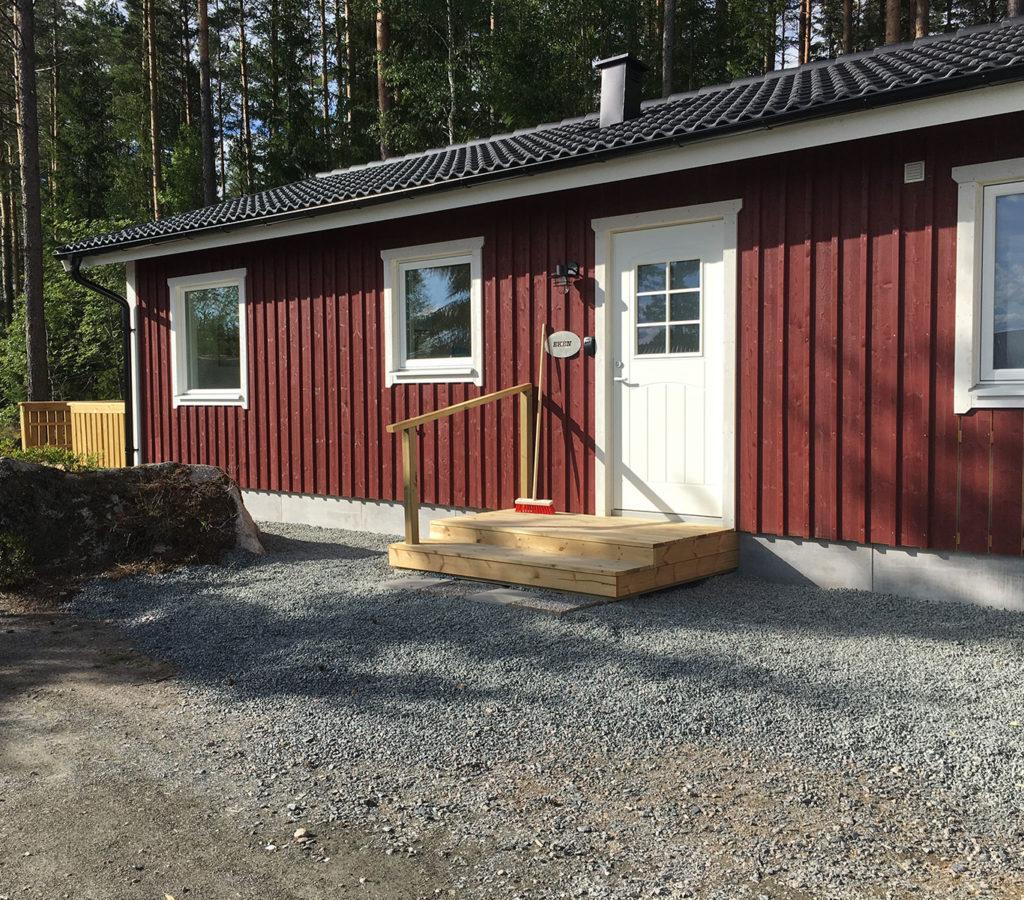 Eken 6 bäddsstuga med två sovrum 800 kr/natt - Jönköping - Hok - Camping -Natur
